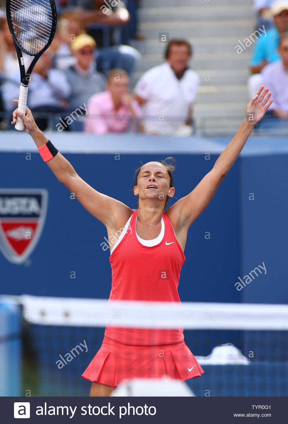 Roberta Vinci Of Italy Celebrates After Defeating Serena
