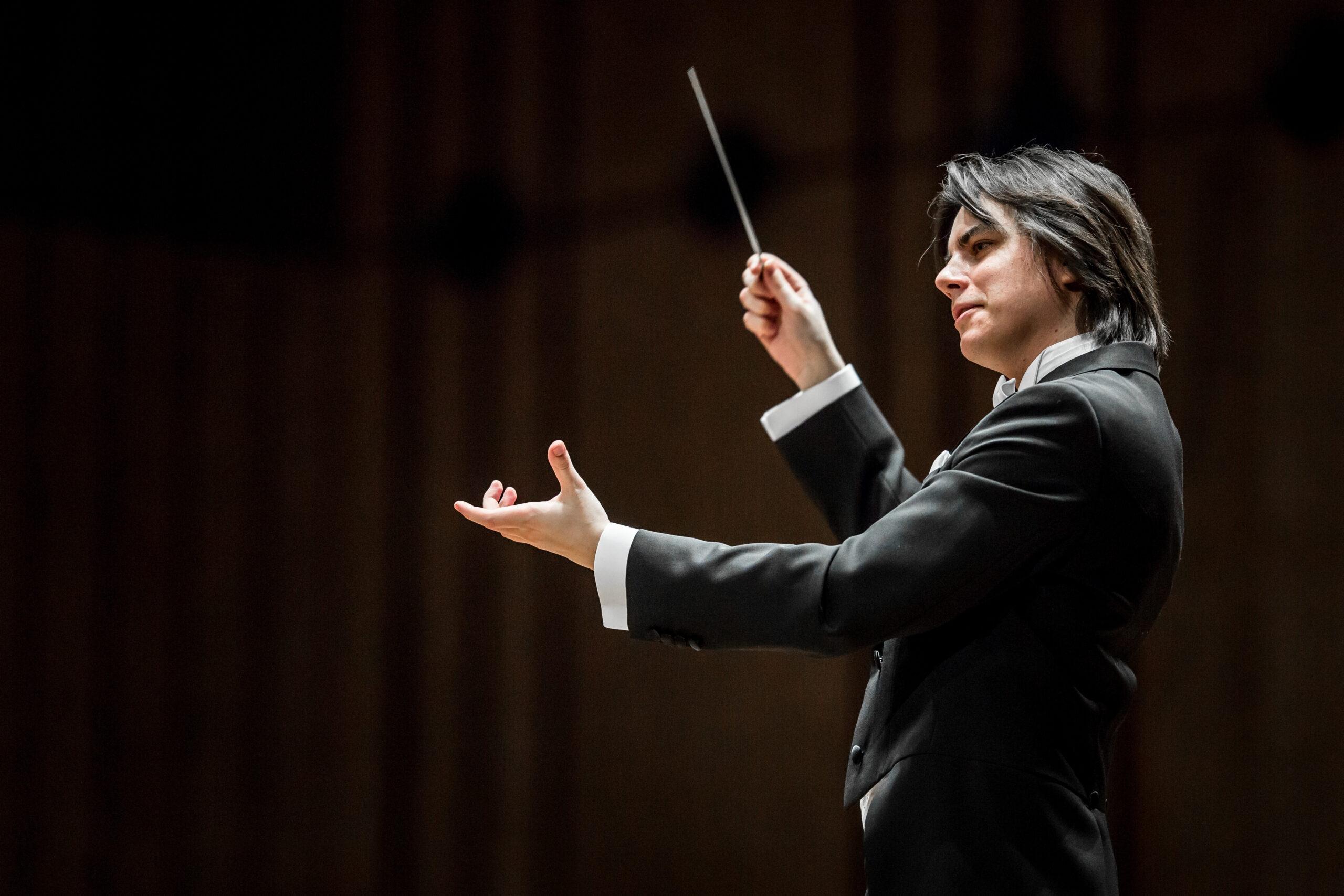 Dawid Runtz, Conductor