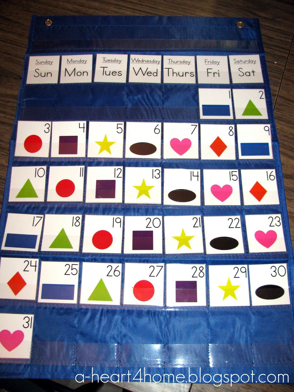 A Heart For Home: Sew Your Own Pocket Chart Calendar From A